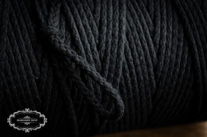 Makrame yarn 4mm black