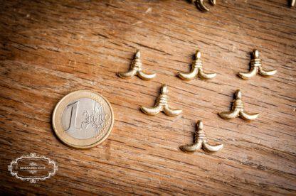 Anhänger Fishtail. Messinganhänger für Armbänder, Halsketten, Fußbändchen, usw. Makrameeschmuck. DiY.