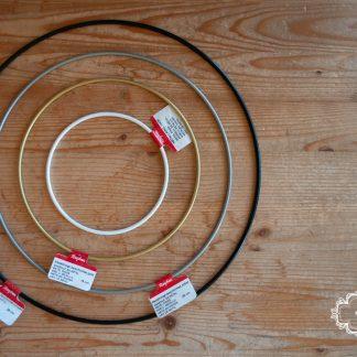 Metallring Rayher farbig beschichtet. Traumfänger, DIY, Wandschmuck, Hippieschmuck, Wandbehang